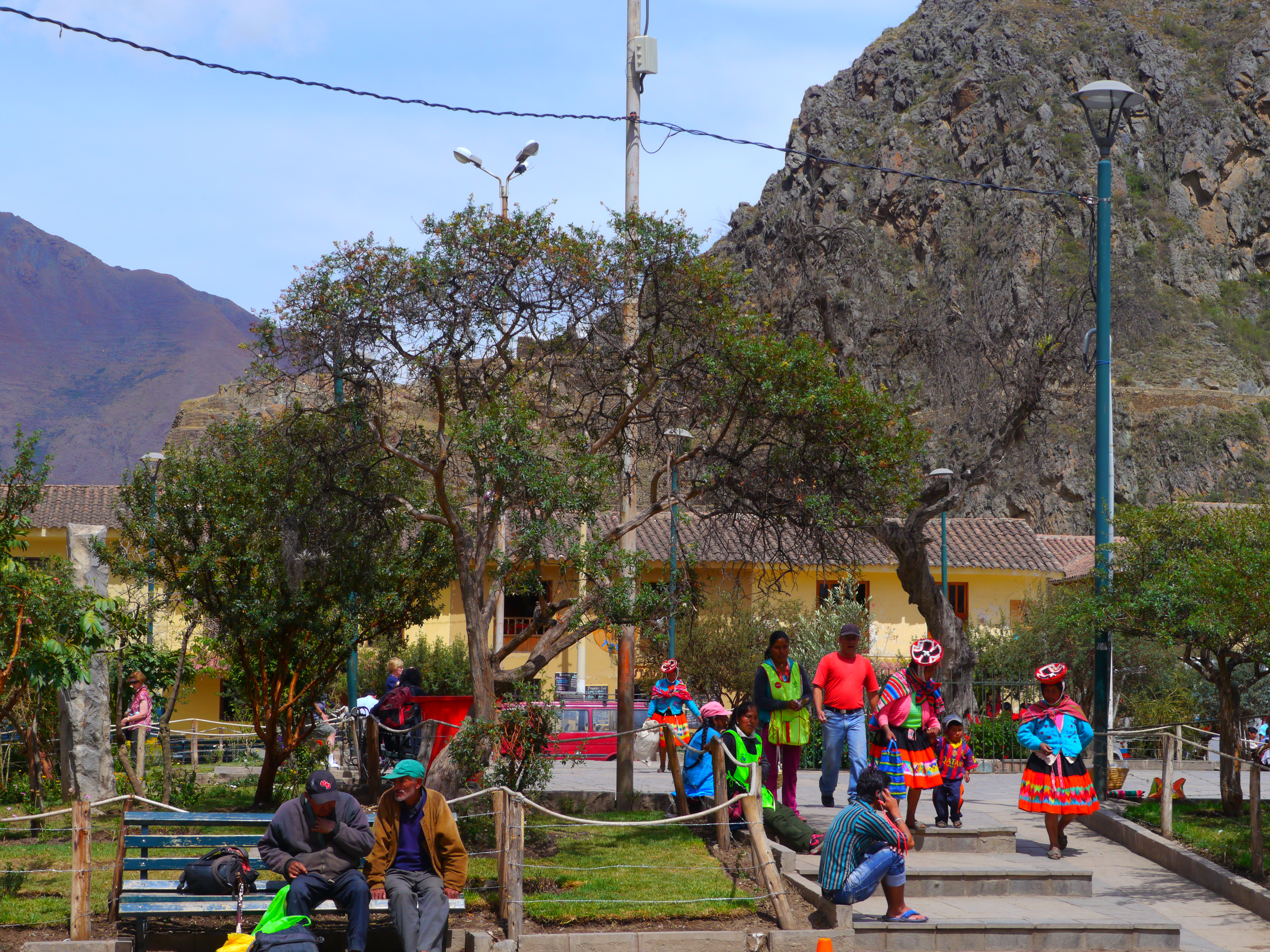 how to get to machu picchu from cusco airport