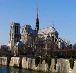 Notre Dame Pont des Arts  Johanna Read TravelEater.net